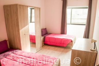 Kétágyas szoba a nyelviskola apartmanjában, Máltán
