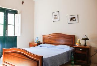 Egy hálószoba egy befogadócsaládnál St Julainsben